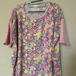 Lularoe Irma tunic top